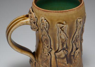sue-mcleod-ceramics-400x600-mugs-1
